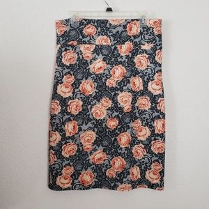 2/$20 - L Pencil Skirt by Agnes & Dora